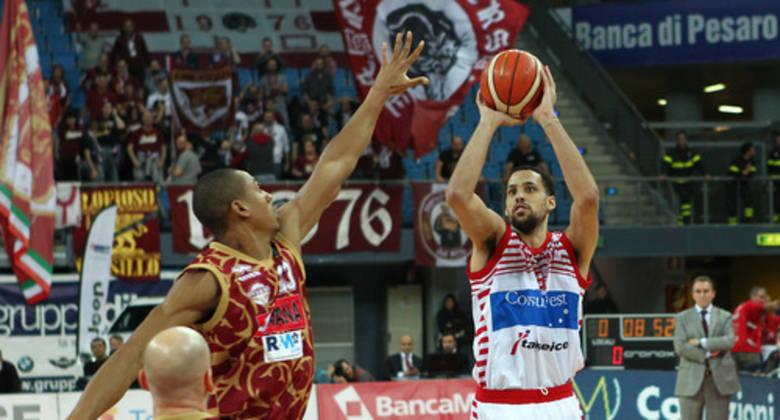 Austin Daye con Pesaro (Foto: legabasket.it)