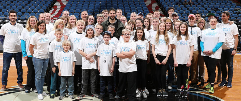 "Ricky Rubio con ""A Breath of Hope"""