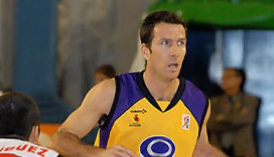 Nacho vistió por última vez una camiseta ACB en Valladolid
