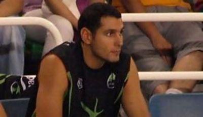 Cesar Bravo en el banquillo del Cáceres (Foto: José Porras)