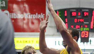 Primeros minutos de calidad de Hampl en la ACB (Foto Baskerland)