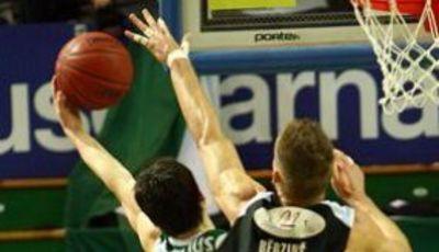 Kaspars Berzins al tapón (http://www.barons.lv)