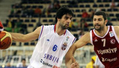Teodosic, el mejor por parte serbia (Foto FIBA/Castoria/Parausic)