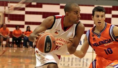 Dani López supera a José Simeón (Foto: JML)