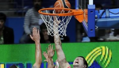 Teletovic fue una pesadilla para los jugadores de Bizkaia Bilba Basket (Foto ACB Photo)