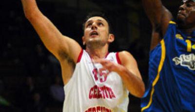 Marino Bazdaric con la camiseta de su actual equipo