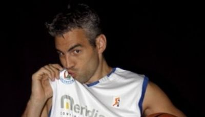Guillermo Rejón seguirá vistiendo de blanco (Foto: Meridiano Alicante)