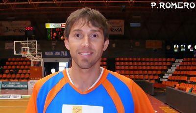Alberto Miguel posa para Solobasket (Foto: Pablo Romero)