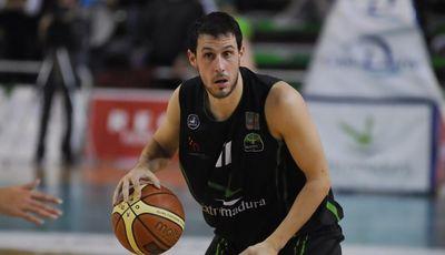 Alex González