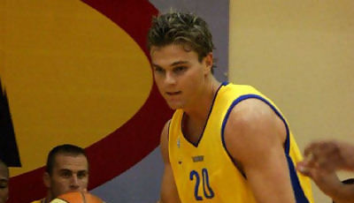 Kirk Penney Maccabi 1 (hamaccabi.com)