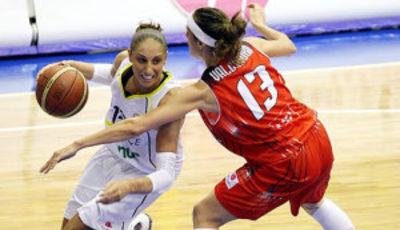 Taurasi se llevó su duelo particular con Valdemoro (foto: fibaeurope.com)