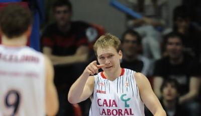 Brad Oleson, decisivo (ACB PHOTO / Lino González)