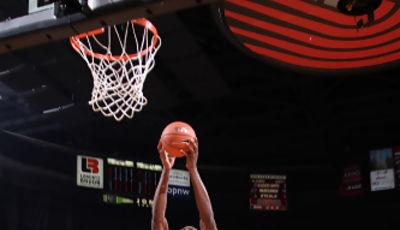 Mate de Bismack Biyombo (Sam Forencich / USA Basketball)