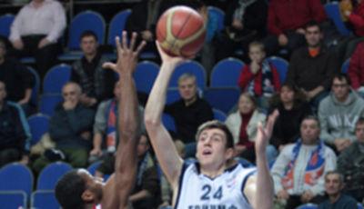 Sergey Karasev explotó y se llevó el MVP en Rusia (Foto www.bctriumph.ru)