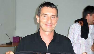 Edu Torres con la camiseta de Solobasket