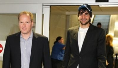 Ricky Rubio y David Kahn (Photo courtesy of the Minnesota Timberwolves)