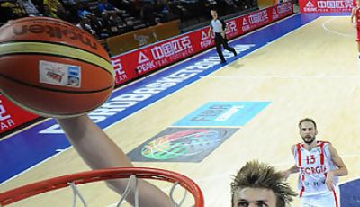 Andrei Kirilenko está siendo el líder de su selección (Foto FIBA/Castoria/De Massis)