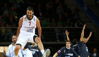 Juan Carlos Navarro, sublime (Foto FIBA Europe/Castoria/Matthaios)