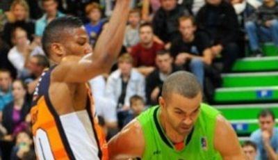Tony Parker y Andrew Albicy, frente a frente (www.asvelbasket.com)