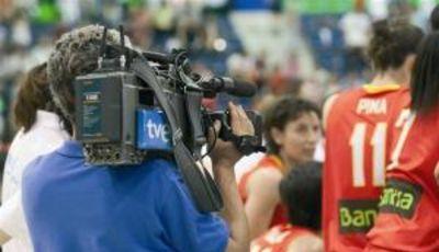 Las cámaras de TVE vuelven con la selección y las competiciones FEB