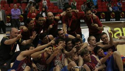 El FC Barcelona Regal, ¡¡campeón de España Junior!! (Foto Carlos Gómez/frombasket.com)