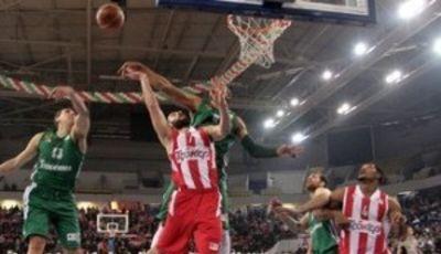 El Olympiakos golpea primero en la final / Foto: Esake.gr