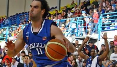 Héctor Manzano remontando línea de fondo  (Foto: www.oscargimenezbarrios.es)