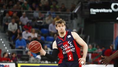 Nocioni, el mejor del partido ACB PHOTO / J. IZARRA)