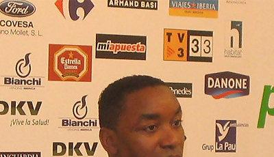 Isiah Thomas en una rueda de prensa en Badalona