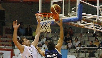 Matias Ibarra y Matt Kiefer, dos de los protagonistas del partido (foto Chema González)
