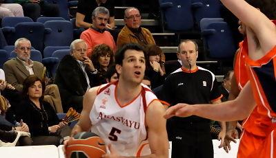Cvetkovic entra a canasta