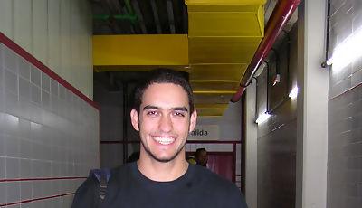 Roberto Guerra posando para Solobasket