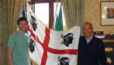 Diener, con el presidente Sardara (Foto:dinamobasket.com).